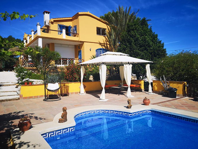 RiS 217 Stunning country finca with land and pool, great business opportunity – 495,000€