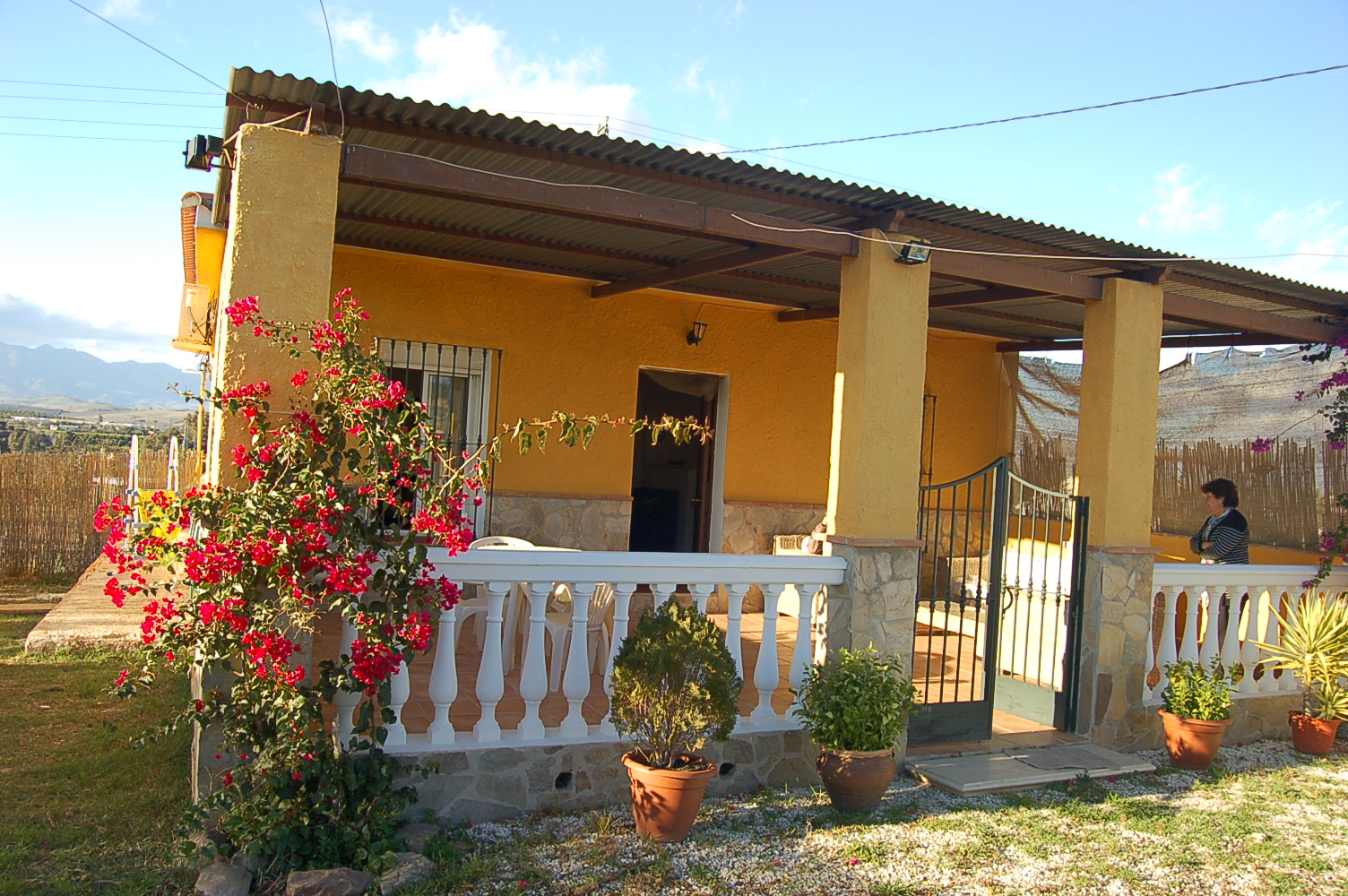 RiS 238 – Charming two bed country cottage with land in Cortijo Fernándeze – 210,000€