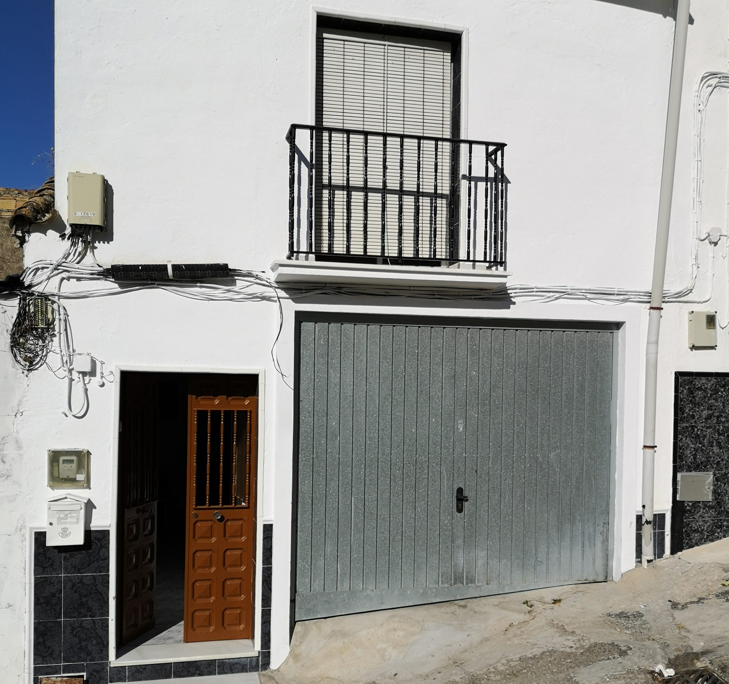 RiS 258 Three bedroom town house near centre of Coin – 116,000€