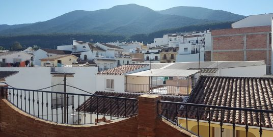 Ri 607 Three storey modern town house with three bedrooms and garage – 1,100€