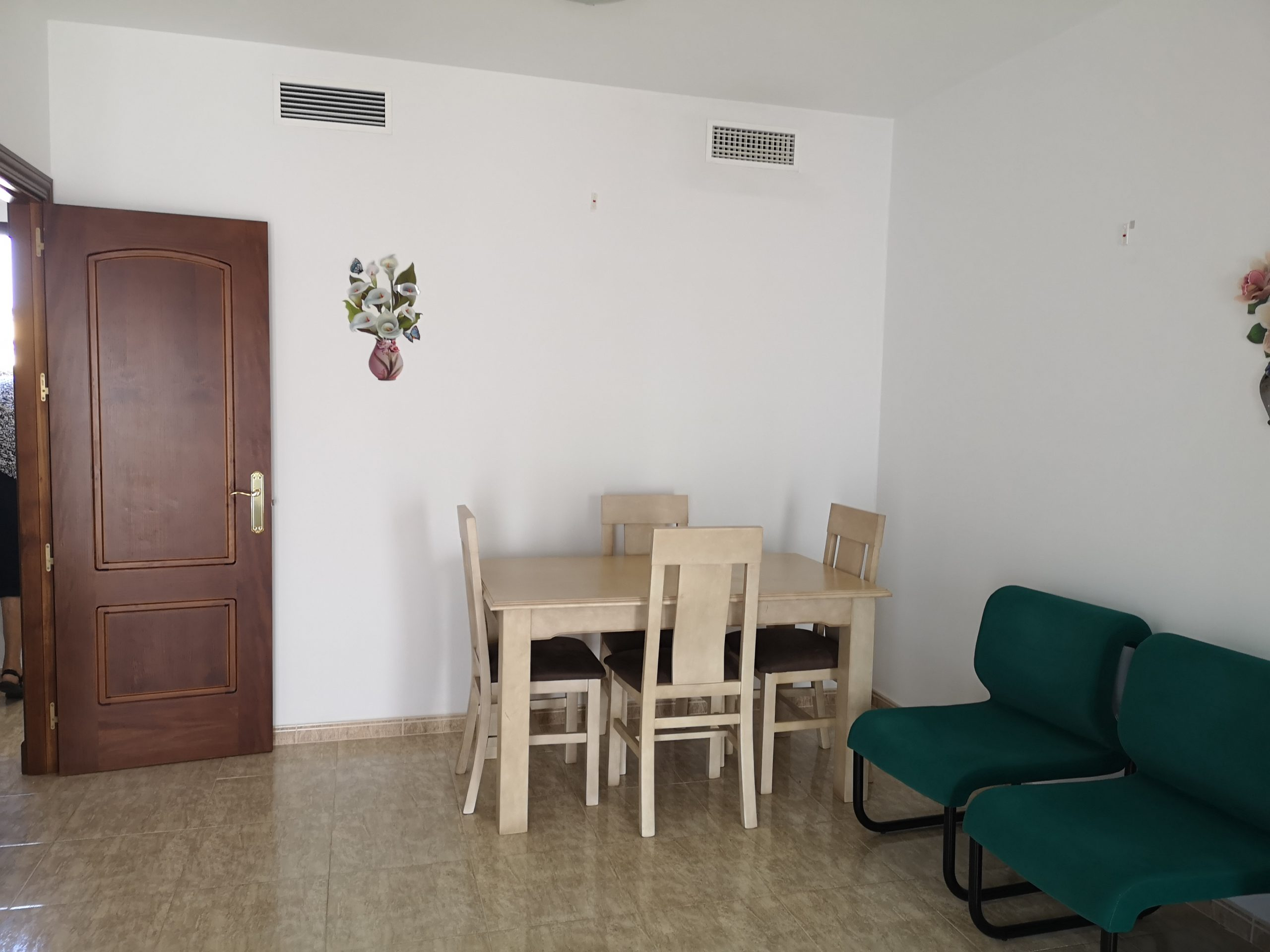 Ri 609 Three bedroom apartment in small modern block in Coin – 400€